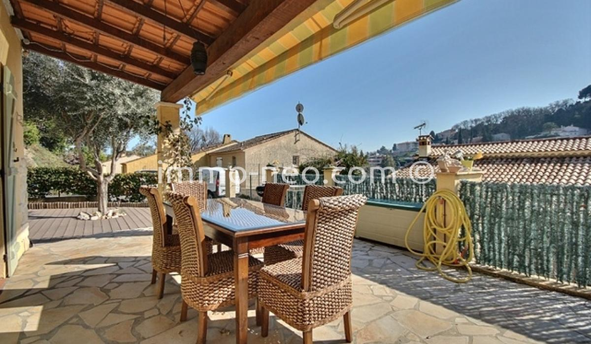 Vendita casa indipendente villeneuve loubet 4 locali 80 m2 for Seconde case impero in vendita