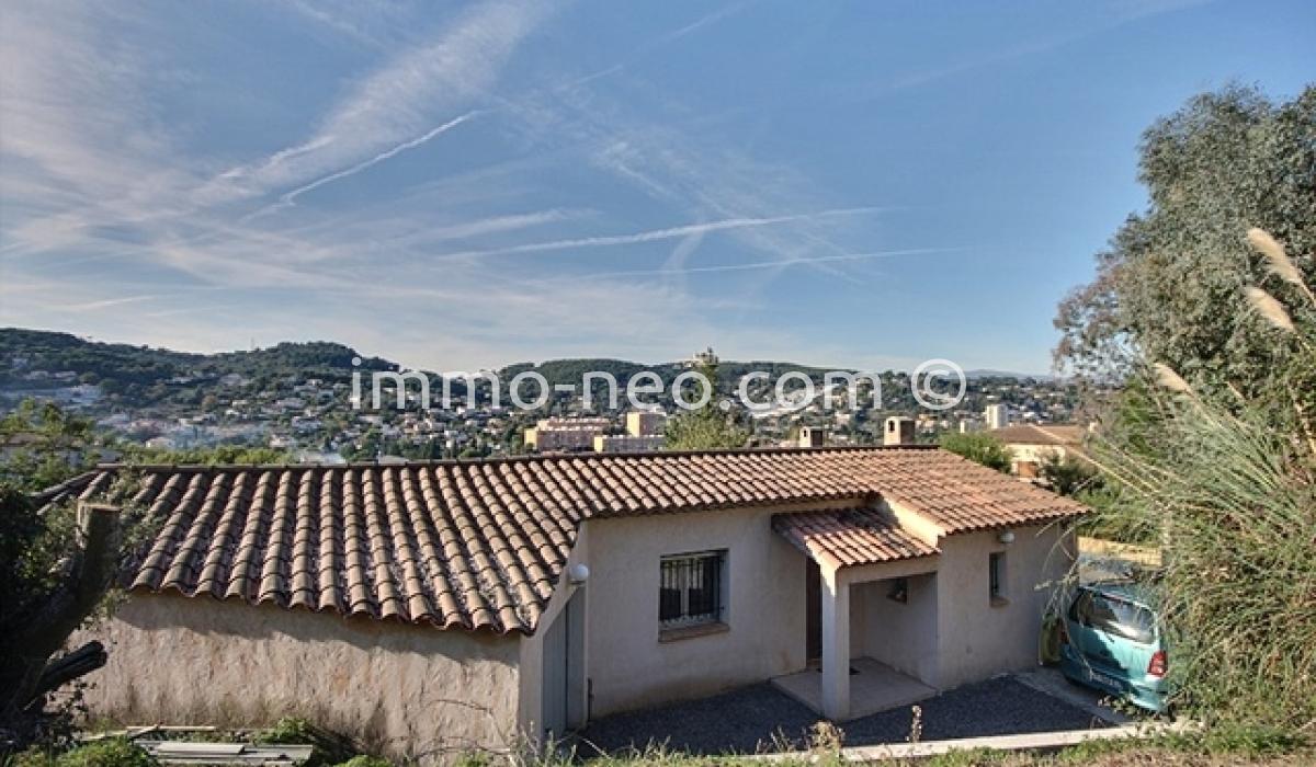 Vendita casa indipendente vallauris 4 locali 150 m2 for Seconde case impero in vendita
