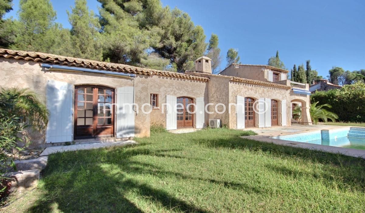 Vendita casa indipendente saint rapha l 6 locali 151 m2 for Planimetrie in stile sud