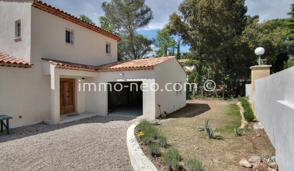 Vendita casa indipendente biot 6 locali 216 m2 for Planimetrie in stile sud