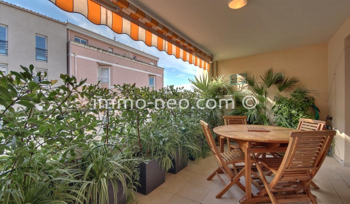 Vendita appartamento saint rapha l 3 locali 90 m2 for Planimetrie per case di 3000 piedi quadrati