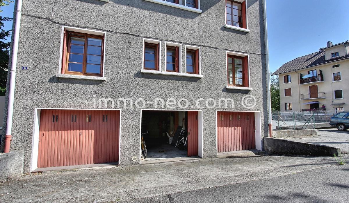 Vendita appartamento annecy 2 locali 64 m2 for Garage ad annecy