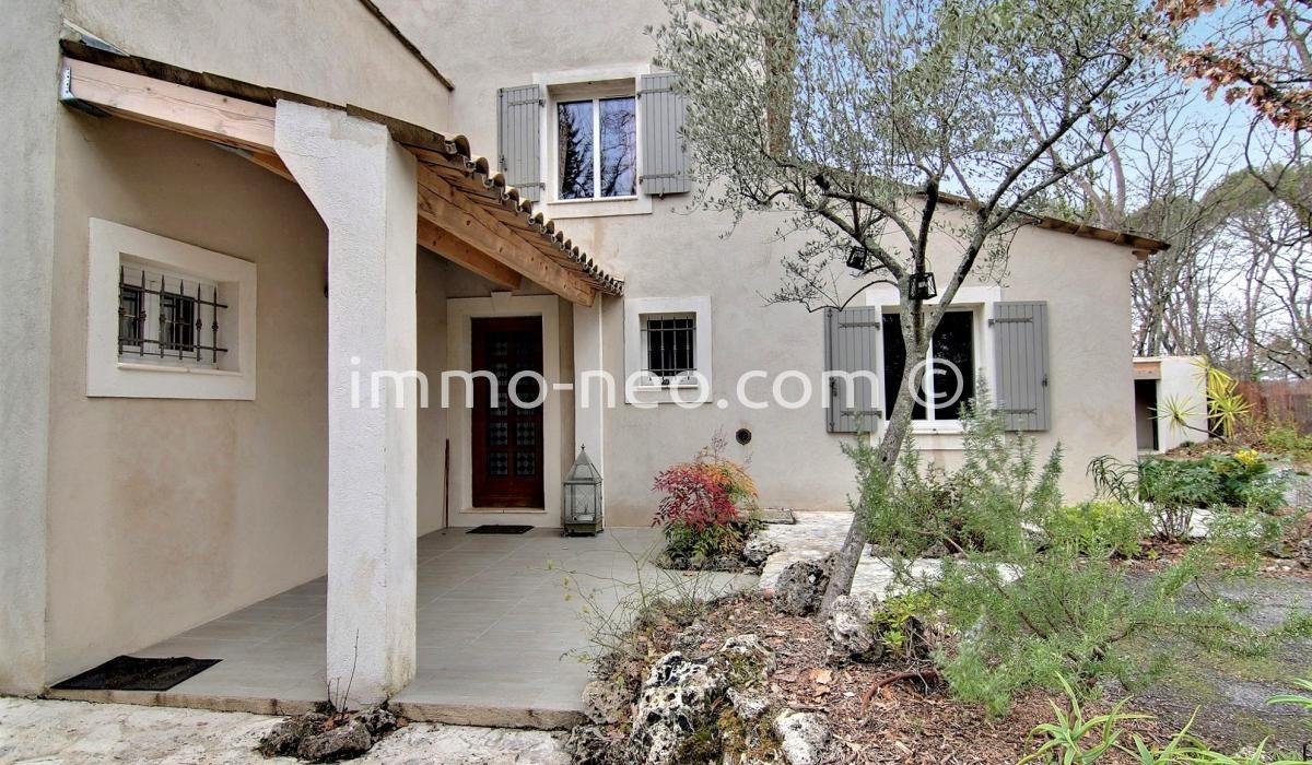Vendita casa indipendente fayence 8 locali 220 m2 for Planimetrie in stile sud