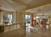 Vendita appartamento Grasse 4 Locali 134 m2