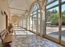 Vendita palazzo Soriso 35 Locali 2500 m2