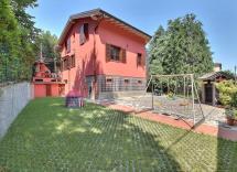 Vendita villa Camparada 8 Locali 280 m2