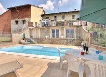 Vendita casa indipendente Montà 5 Locali 255 m2