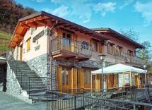 Vendita tenuta / b&b / agriturismo / azienda agricola Schignano 6 Locali 598 m2