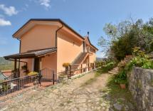 Vendita casale Roccadaspide 8 Locali 390 m2