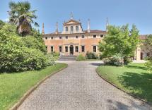 Vendita palazzo Noventa Vicentina 18 Locali 2500 m2