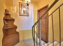 Vendita casa indipendente Busca 5 Locali 249 m2