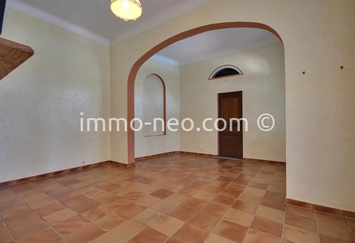 Vendita villa fr jus 10 locali 330 m2 for Planimetrie in stile cottage