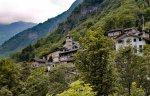 Dopo le case a 1 euro in Sicilia, in Piemonte è in vendita un intero borgo alpino al prezzo di un appartamento