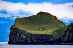 La curiosa storia della casa islandese più isolata al mondo