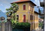 In vendita ad un prezzo sorprendente la villa di un noto politico italiano
