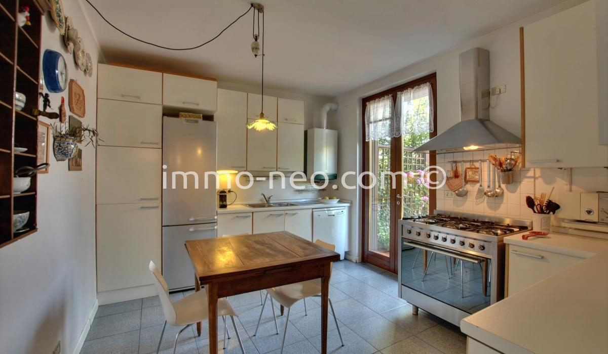 vente pavillons en enfilade pavia 6 pi ces 195 m2. Black Bedroom Furniture Sets. Home Design Ideas