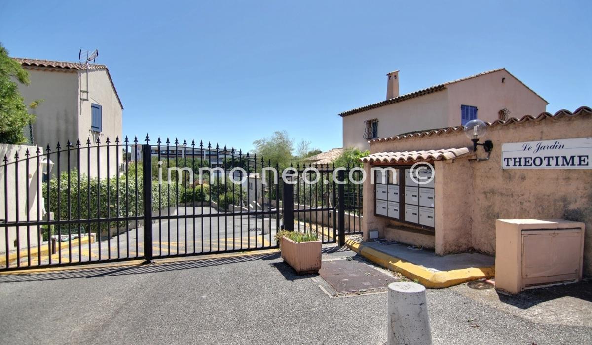 Vente maison villa cagnes sur mer 4 pi ces 102 m2 for Garage ad nieul sur mer