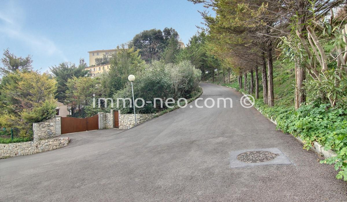 Vente terrain nice 8000 m2 - Piscine pente terrain nice ...
