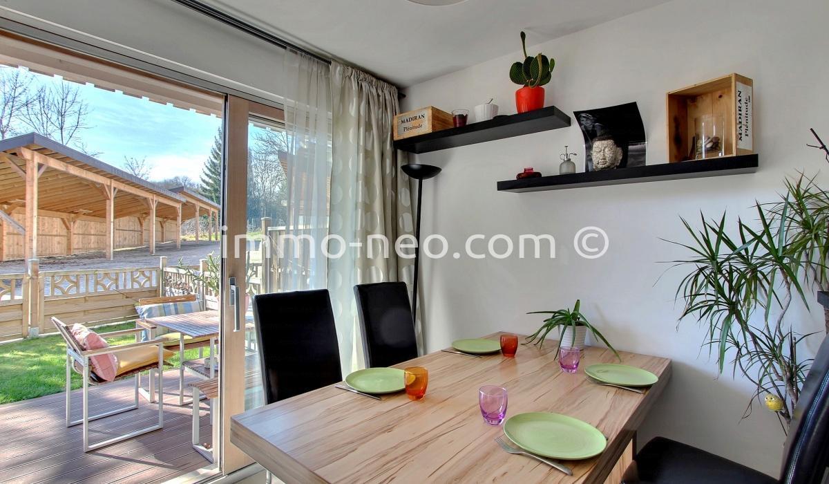 vente appartement cran gevrier 3 pi ces 53 m2. Black Bedroom Furniture Sets. Home Design Ideas
