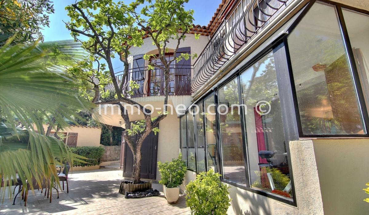Annonce vente maison antibes 06600 250 m 870 000 for Maison de la literie antibes
