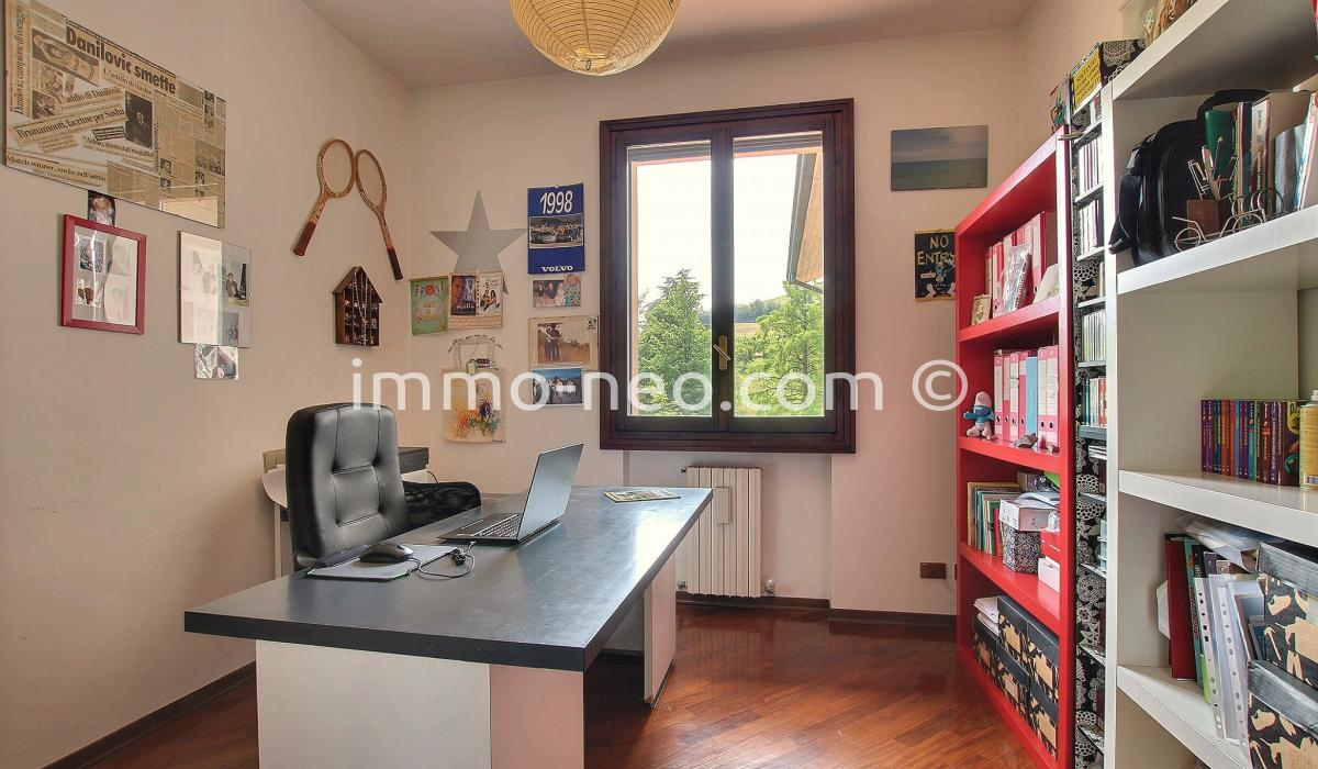 vente pavillons en enfilade castello di serravalle 6 pi ces 469 m2. Black Bedroom Furniture Sets. Home Design Ideas