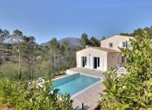 Vente maison-villa Le Rouret 5 Pièces 170 m2