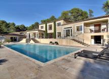 Vente maison-villa Châteauneuf-Grasse 8 Pièces 620 m2