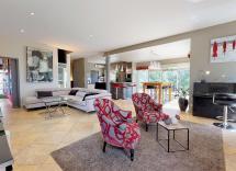 Vente maison-villa Nîmes 6 Pièces 256 m2