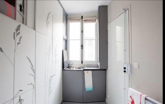 comment rendre une chambre de bonne de 8m2 habitable. Black Bedroom Furniture Sets. Home Design Ideas