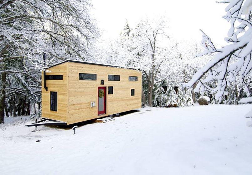 comprare casa costa troppo ecco le mini case in legno