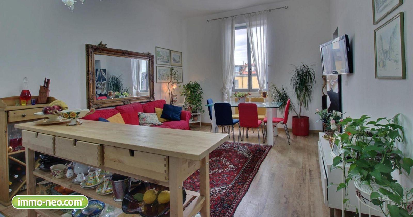 Fantastico trilocale in affitto tra privati a milano con for Appartamenti in affitto milano